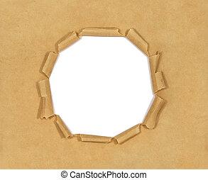 viejo, papel marrón, con, agujero, aislado, blanco