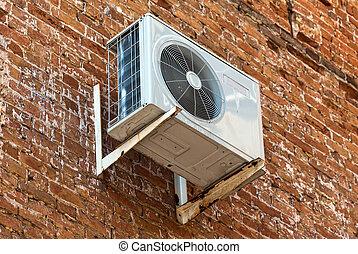 viejo, pared, bomba, aire, calor, condicionamiento, ladrillo...