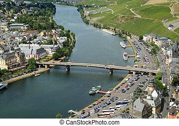 viejo, pequeño, ciudad, bernkastel, kues