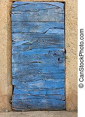 viejo, puerta, construido, arriba, de, madera, azul,...