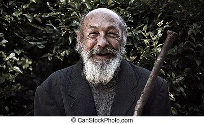 viejo, sin hogar, feliz