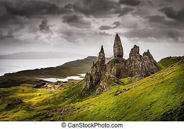 viejo, storr, escocia, formación, roca, hombre, paisaje, ...