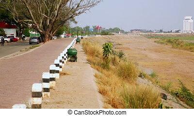 Vientiane Laos, Unusual Capital City, border crossing with Thailand