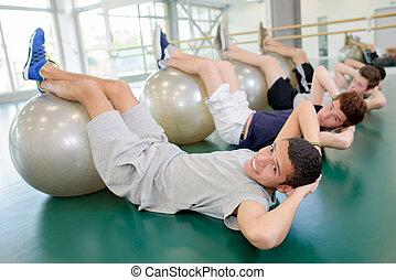 vier, aerobic, mannen, verdraaid, voetjes, gelul, lichamen