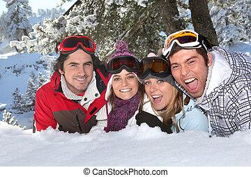vier, friends, liegende , schnee