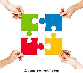 vier, puzzel, hände, verbinden, stücke