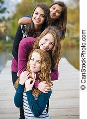 vier, tiener, vrienden, vrolijke