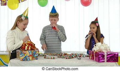 vieren, jarig, kinderen