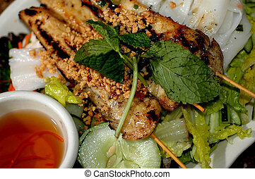 vietnamese food chicken goi banh cuon with rice crepe