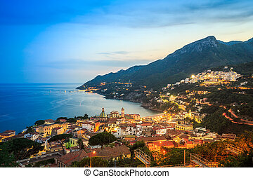 vietri, sul, merrie, amalfi kust, salerno, italië
