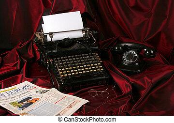 vieux, écrivain, téléphone, journal, type, lunettes