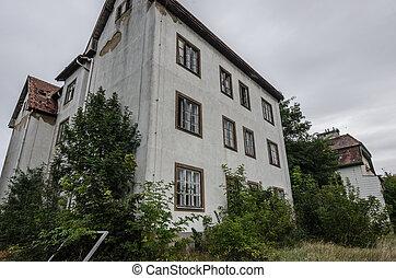 vieux, abandonnés, bâtiments