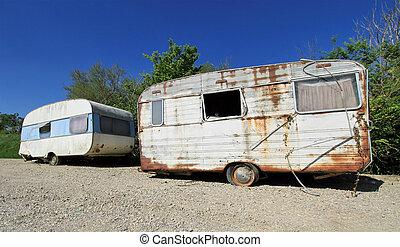 vieux, abandonnés, caravanes