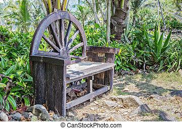 bois vieux banc jardin bois public vieux banc jardin. Black Bedroom Furniture Sets. Home Design Ideas