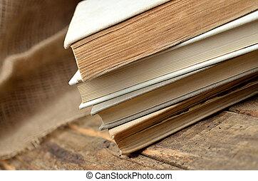 vieux, bois, librairie, rustique, livres, table, pile, antiquarian