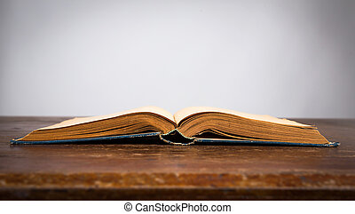 vieux, bois, vendange, livre, table, ouvert