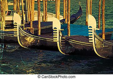 vieux, carte postale, à, gondoles, sur, grand canal, dans, venise, italie