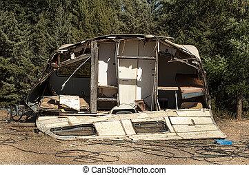 vieux, cassé, caravane, caravane