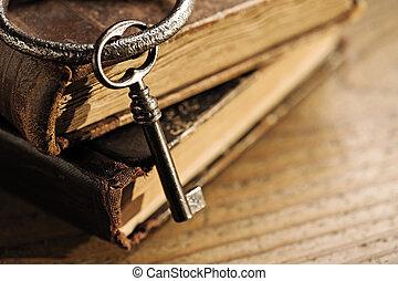 vieux, clés, sur, a, vieux, livre