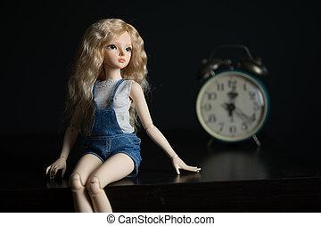vieux, fond, clock., poupée