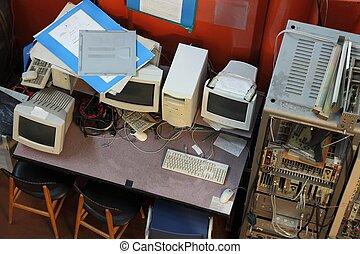 vieux, ordinateurs