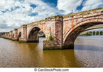 vieux, pont pierre, dans, berwick-upon-tweed