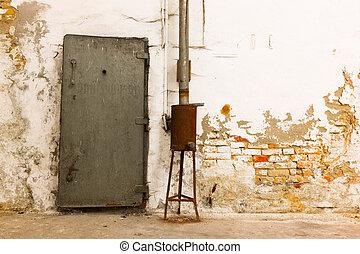 vieux, porte industrielle, bâtiment, fermé