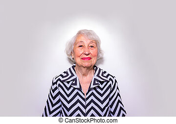 vieux, portrait, femme souriant