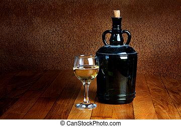 vieux, poussiéreux, bouteille verre, table, bois, vin blanc