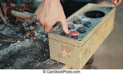 vieux, rouillé, bâtiments, déclics, bouton, homme, mécanisme, valeur, défectueux