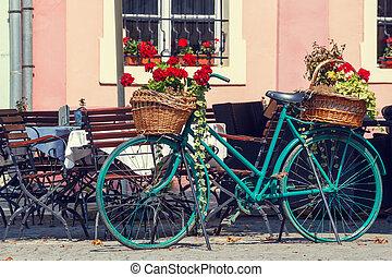 vieux, rouillé, fleurs, vélo