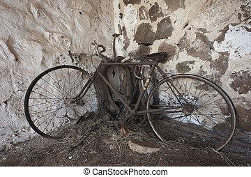 vieux, rouillé, vélo