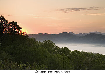Foothills Parkway at Sunrise - View from Foothills Parkway ...