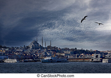 Golden Horn and New Mosque