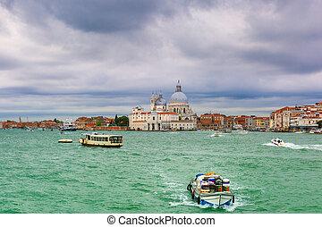 View from the sea to Dogana di Mare and Basilica di Santa Maria della Salute, Venice, Italia