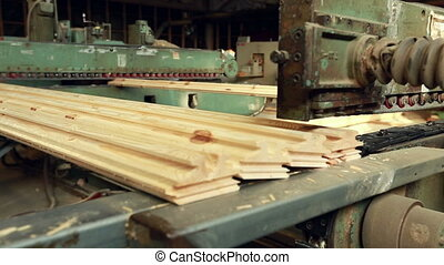 View machine for production of shaped timber