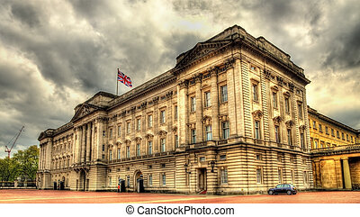 View of Buckingham Palace in London - Great Britain