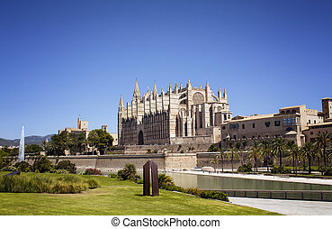 View of Catedral de Mallorca (Cathedral).