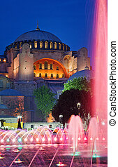 View of Hagia Sofia or Ayasofya at night, Istanbul, Turkey -...