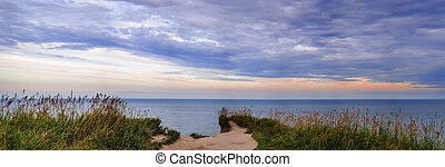 View of Lake Ontario from Scarborough Bluffs