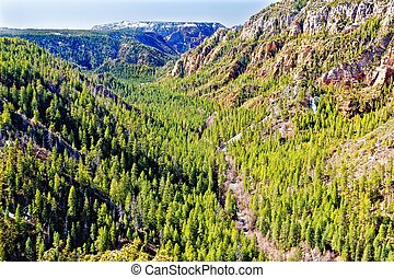 View of Oak Creek Canyon, North of Sedona - View from the ...