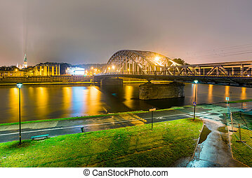 Pilsudski bridge at night