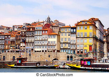 View of Porto, Portugal - PORTO, PORTUGAL - MAY 06,2009:...