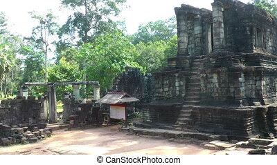 View of ruins Bayon Temple - View of ruins, Bayon Temple -...