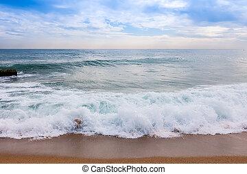 sea from sand beach
