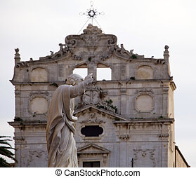 Statue, Syracuse cathedral - View of Statue, Syracuse...