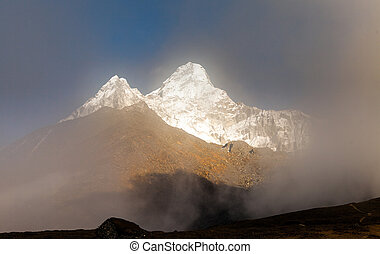 View of the Ama Dablam (6814 m) - Everest region, Nepal, Himalayas