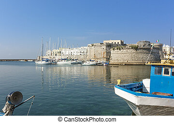 View of the Angevin-Aragonese Castle and harbor in Gallipoli, Salento, Puglia, Italy