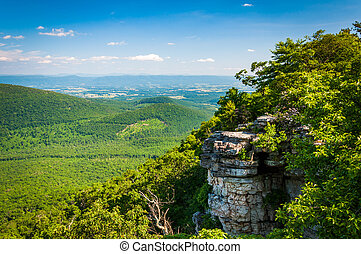 View of the Appalachian Mountains and Shenandoah Valley from cliffs on Big Schloss, in George Washington National Forest, Virginia.