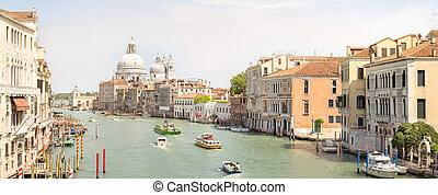 View of the grand canal with vaporetto and boats - View of ...